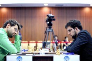 Aronian-Mvl, un combat épique (photo site officiel)