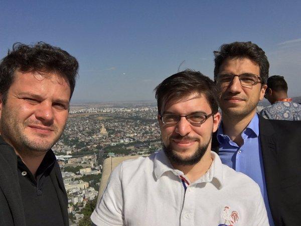 Trois français sur les hauteurs de Tbilissi… (photo Etienne Bacrot)
