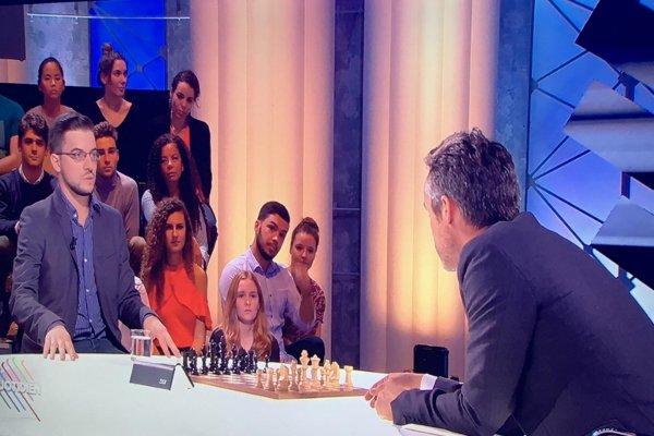 Mvl face à Yann Barthès dans l'émission «Quotidien» du 5 octobre (photo Pauline F)