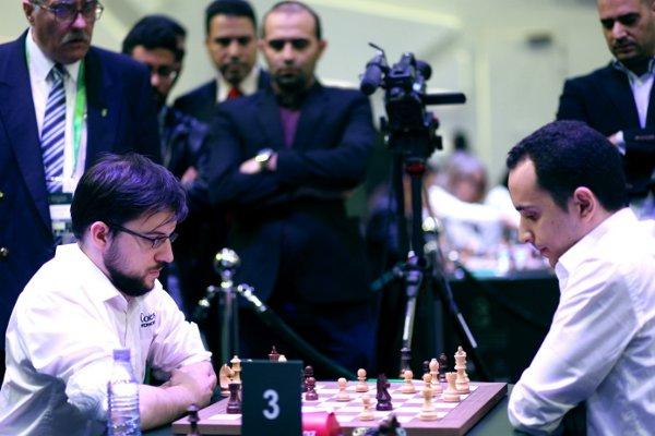 Ronde 7 du blitz contre Amin Bassem, après 29…Cc3 (photo site officiel)