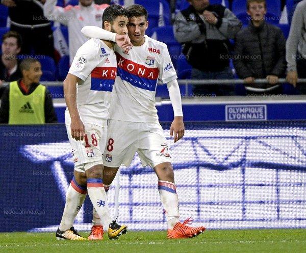 Fekir et Aouar; le duo de choc de l'Olympique Lyonnais (photo ledauphine.com)