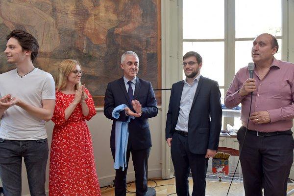 Jules Moussard, Almira Skripchenko, Manuel Aeschlimann (maire d'Asnières), MVL et JC Moingt (président du club) (photo Christophe Perruçon, ville d'Asnières).