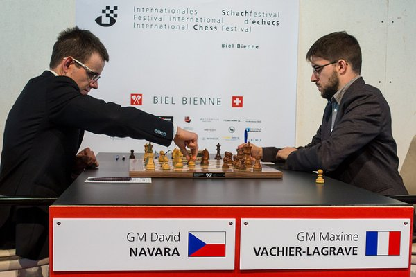 Beginning of the game against Navara (Photo: Simon Bohnenblust / Biel Chess Festival).
