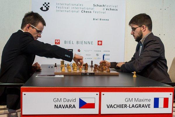 Début de la partie contre Navara (Photo: Simon Bohnenblust / Biel Chess Festival).