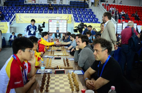 The beginning of Round 4 match Vietnam-France (photo Chessbase).