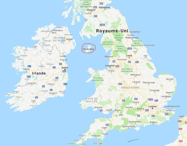 L'Ile de Man, entre l'Angleterre et l'Irlande du Nord (image Google Map).