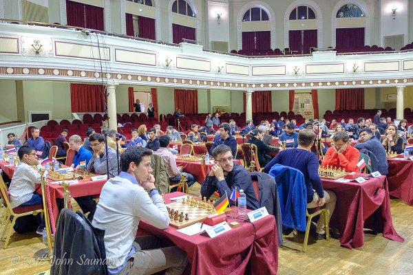 Début du tournoi (Photo Chess.com/John Saunders).