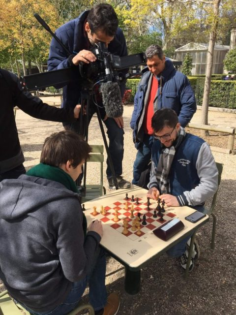 Blitz sequence for Eurosport, filmed in the Jardin du Luxembourg (Paris), with GM Jules Moussard (photo : 7L Brand Agency).