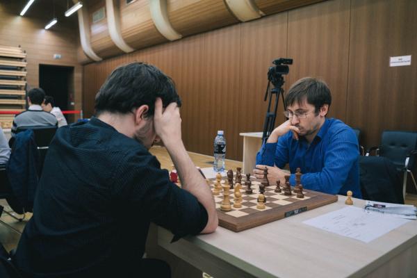 L'ouverture du 2e tie-break, où Maxime doit impérativement l'emporter (Photo : Fide).